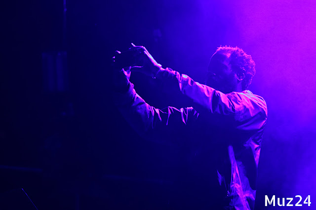 Фотографии с выступления Death Grips на фестивале Боль