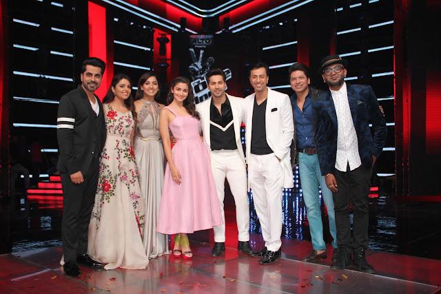 (L-R) Host Gunjan Utreja, Sugandha Mishra, Coach Neeti Mohan, Alia Bhatt...