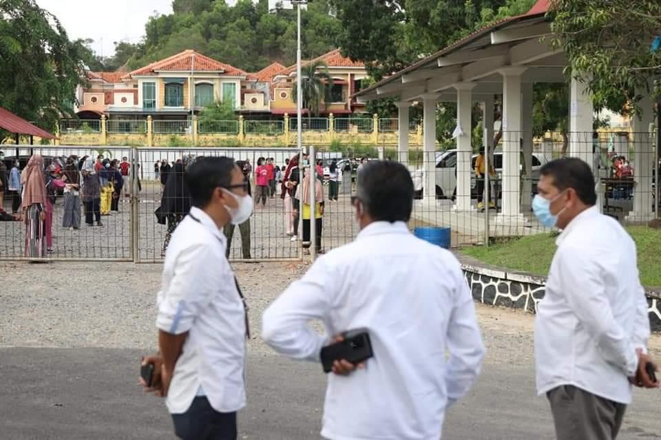 Lokasi Meninjau Lokasi Karantina OTG di Asrama Haji