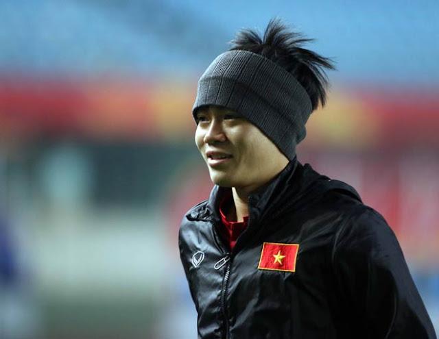 Chiều cao của cầu thủ Nguyễn Văn Toàn 1