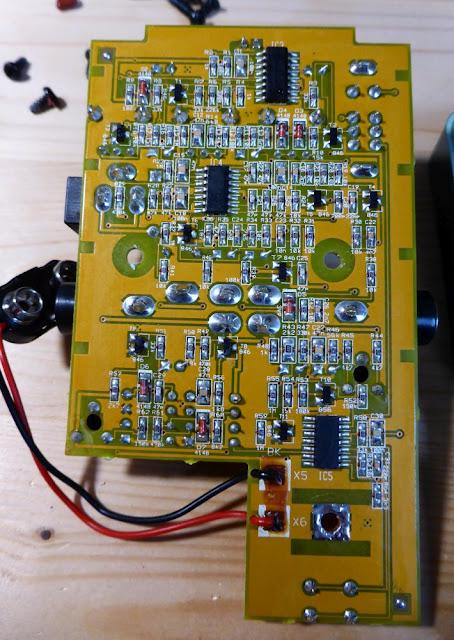 Behringer UV300 PCB