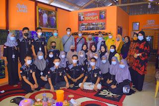 Dukung Pengembangan Batik Tanjung Jabung Timur, SKK Migas - PetroChina Lakukan Monitoring dan Evaluasi Batik Idola Pemusiran