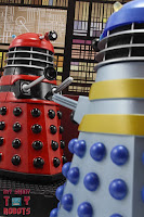Custom TV21 Red Dalek Leader 27
