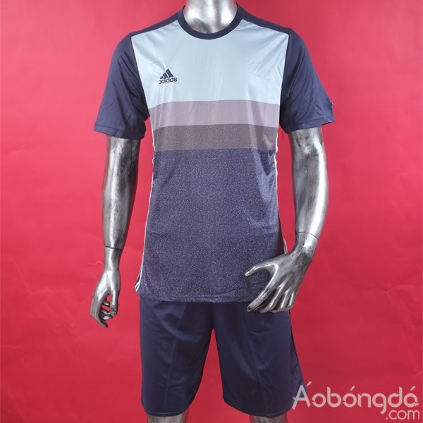 Một trong những mấu áo bóng đá sf body fit tại aobongda.com