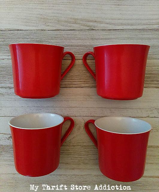 Oneida Deluxe retro cups