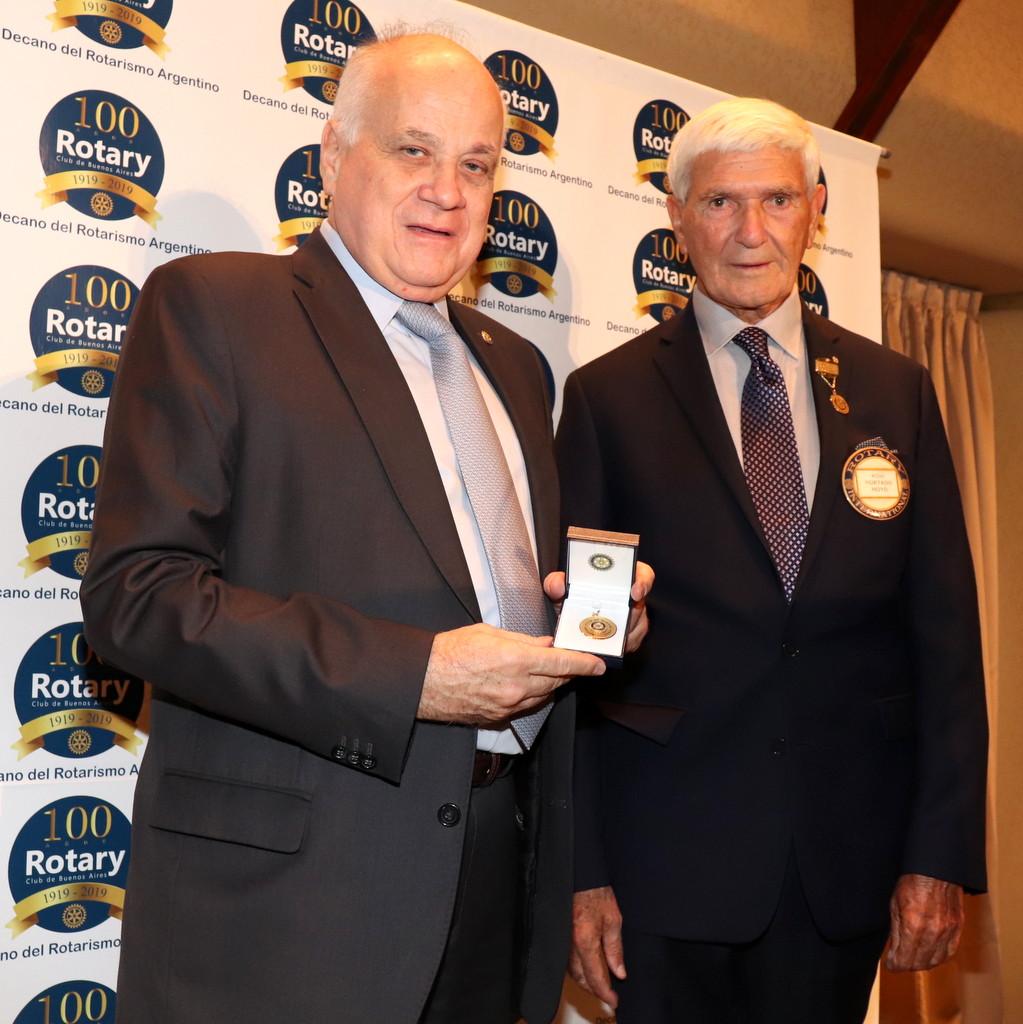El Dr. Elías Hurtado Hoyo es el nuevo presidente del Rotary Club de Buenos Aires