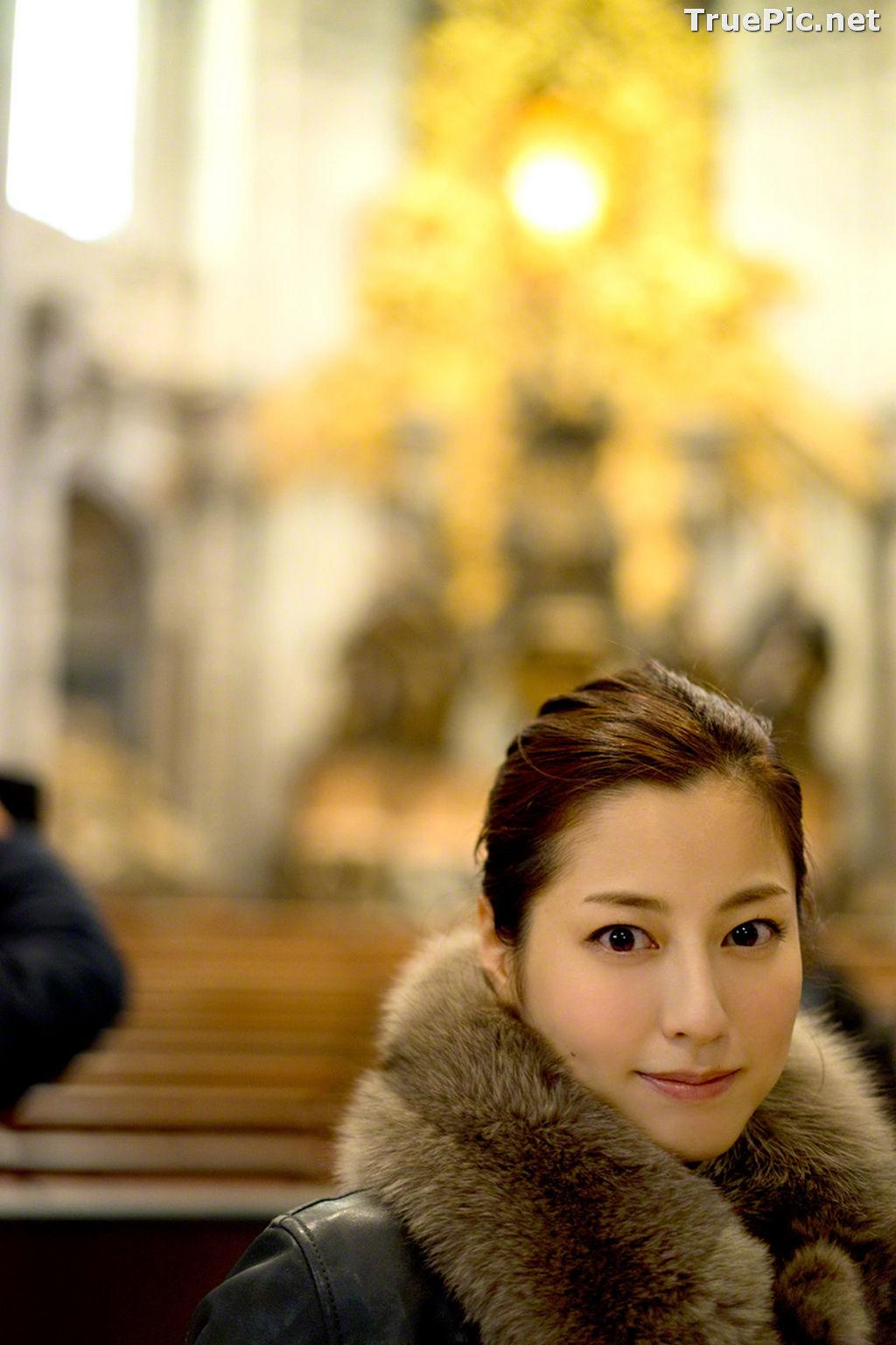 Image Wanibooks No.136 - Japanese Actress and Singer - Yumi Sugimoto - TruePic.net - Picture-1