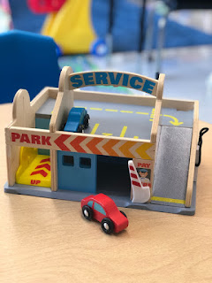 using a toy garage in preschool speech therapy