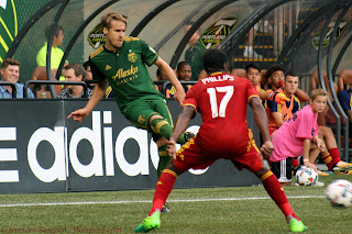 Myers made his Timbers debut because of a lingering injury and knocks to others, but he left this match due to a serious injury.