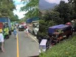 Macet Total di Tompo Ladang Poros Bone-Makassar, Pengendara Terjebak 7 Jam