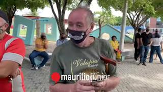"""Bolsonarista chama repórteres de """"vagabundas"""" em evento com Michelle Bolsonaro em JP"""