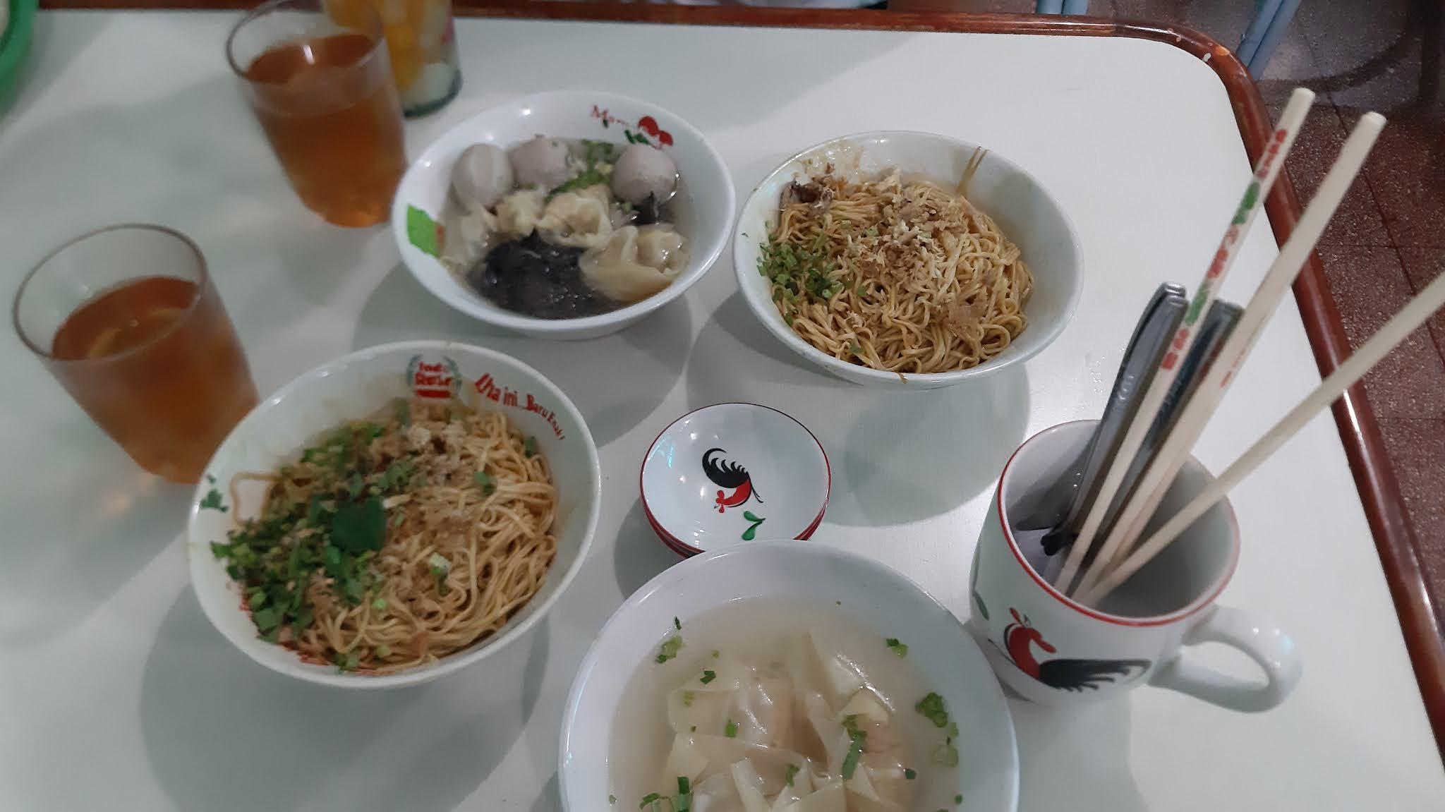 Mie Linggarjati Bandung