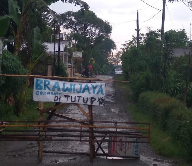 Cegah Claster Baru, Mendadak Jalan Brawijaya Kecamatan Moga di Tutup