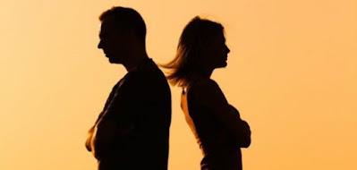 شجار عائلي  بين الرجل والمرأة- شجار زوجين
