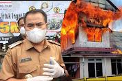 Sebagai Bentuk Kepedulian, Bupati Sekadau serahkan bantuan kepada korban kebakaran di kawasan Pasar Flamboyan