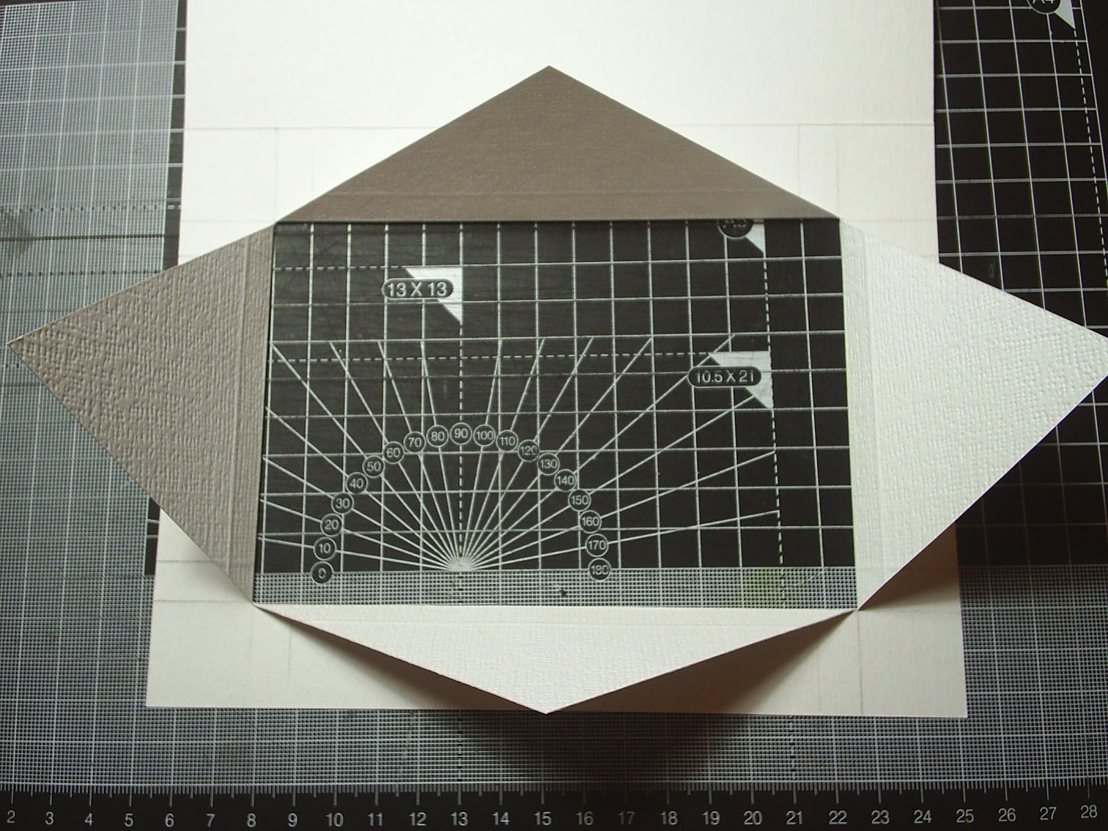 Wallpaper A Window Recess | Free Download Wallpaper | DaWallpaperz