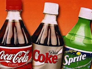 EΦΕΤ: Επικίνδυνες ουσίες σε 815.000 φιάλες coca-cola και sprite