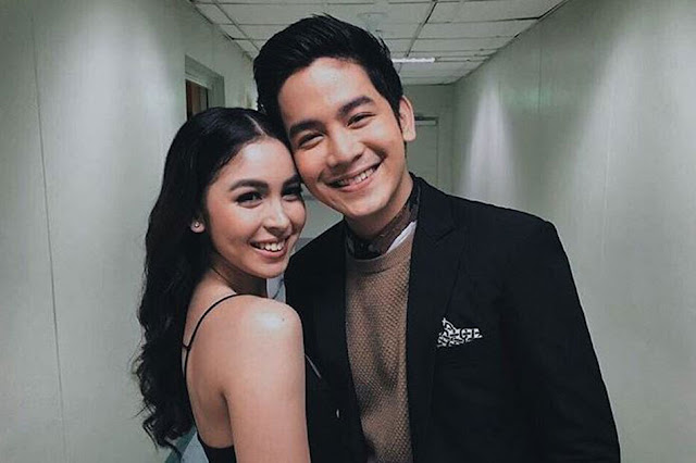 Julia Barretto Had A Wardrobe Malfunction But Joshua Garcia Went To Rescue