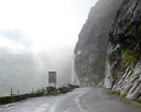 बारिश के मौसम का आनंद लेने के लिए इन जगहों पर जाएं