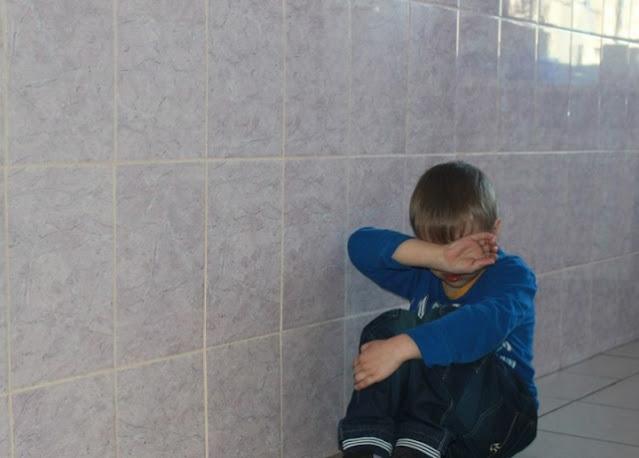 «Это унижение человеческого достоинства!» В Перми школьник встал на колени перед учителем труда, чтобы выйти в туалет