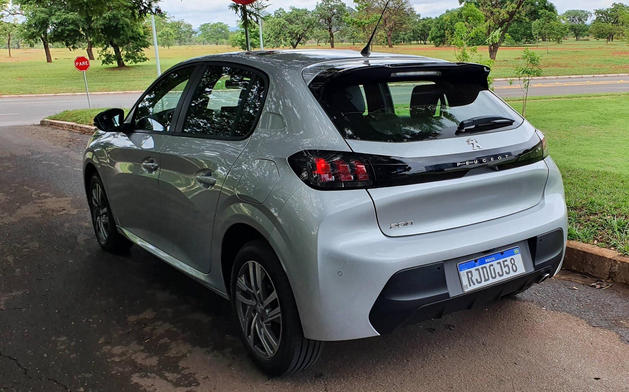 Novo Peugeot 208 impulsiona vendas da Peugeot a recorde em 2021