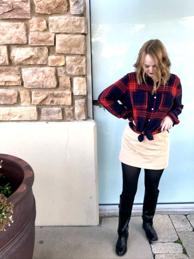 An Easy Thanksgiving Plaid Look