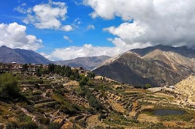 Hangrang valley - ici-colo.ro