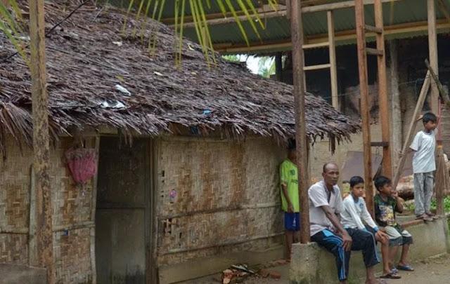 rumah bakhtiar beni orang miskin di gampong ulee reuleung dewantara