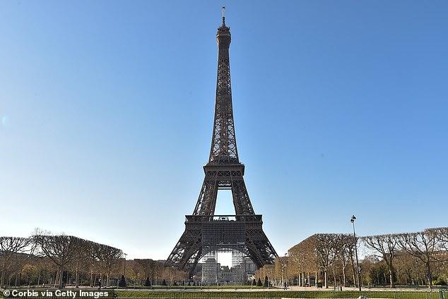 فەڕەنسا.. تاوەری ئیفێل لە پاریس بەگومانی هێرشی چەکداری چۆڵکرا