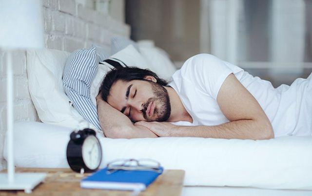 8 Hal Pemicu Penyebab Tidur Anda Jadi Ngorok Atau Mendengkur