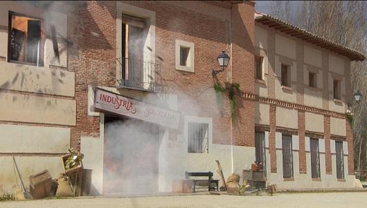 Il Segreto: Il Segreto: Puntata n. 2323 - La fabbrica Solozabal salta in aria! [Gennaio 2021]