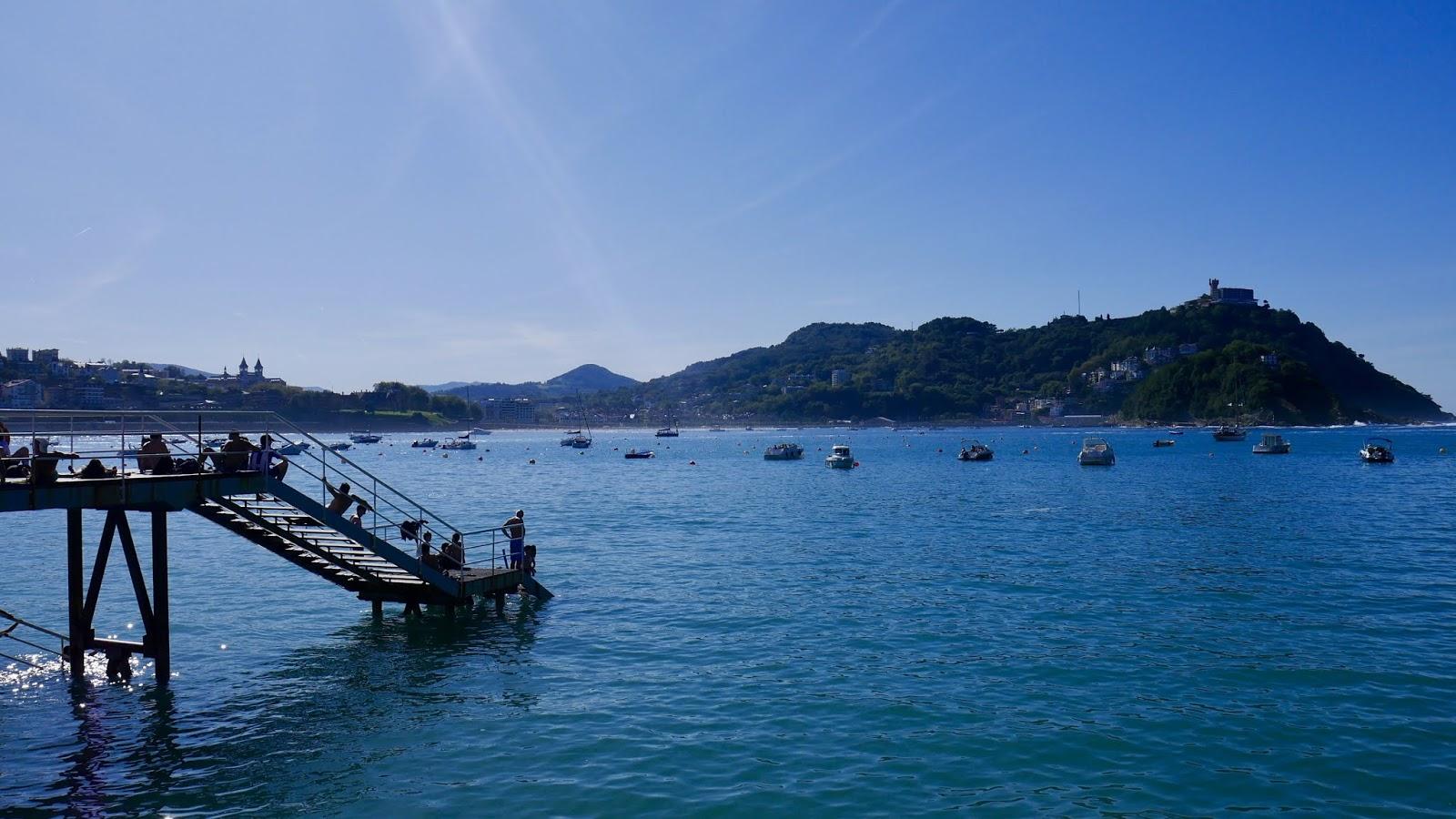 Quai du port de Saint-Sébastien Pays Basque Espagne