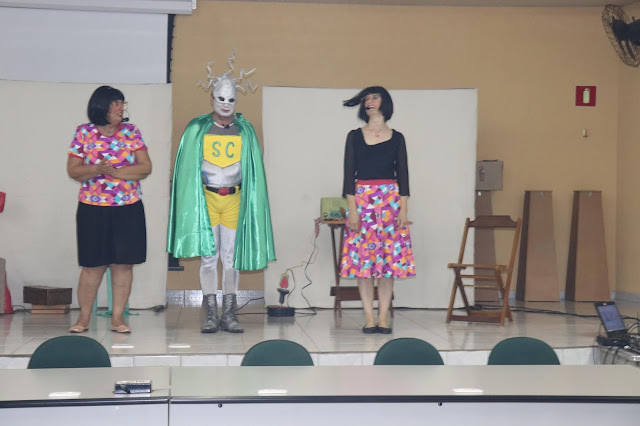 Peça teatral ensina estudantes a economizar energia
