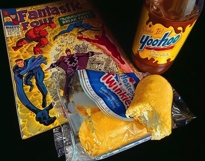 06-Fantastic-Four-and-Twinkies-Doug-Bloodworth-Vintage-Comics-in-Hyper-Realistic-Painting-www-designstack-co
