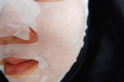 garnier sakura white serum mask