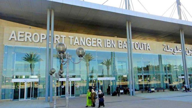 طنجة. عناصر أمن المطار تحجز مخدرات وسط حقيبة مسافر