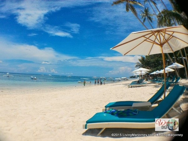 Henann Resort Bohol has the widest and longest beachfront area along Alona beach