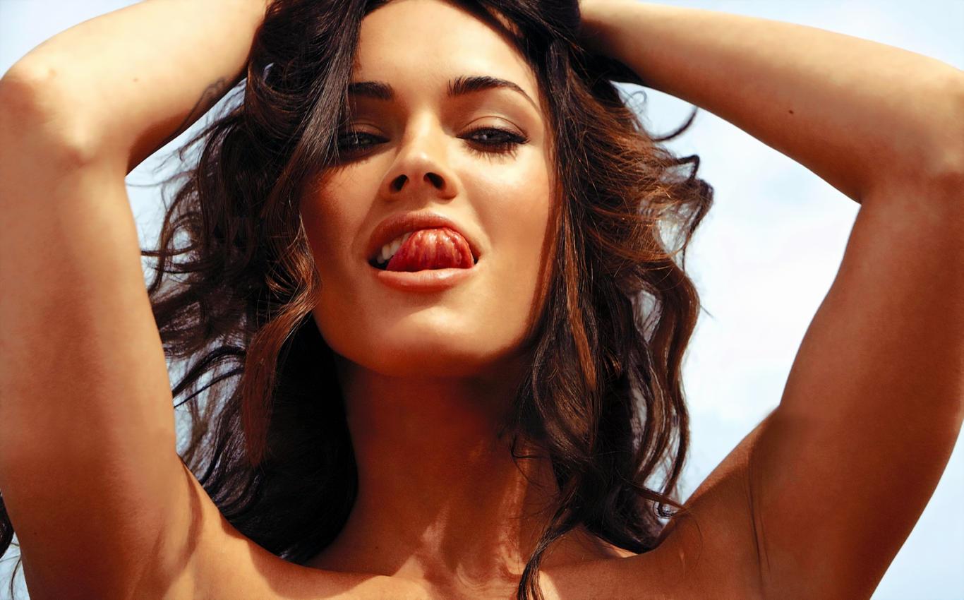 Megan Fox Hot Expressions HD Wallpaper