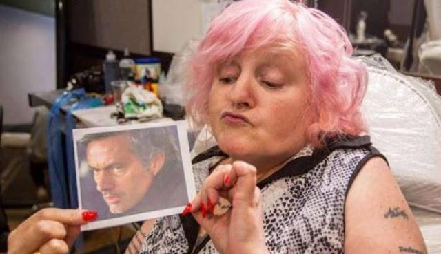 Seluruh Tubuh Nenek 59 Tahun Ini Sudah 'Dijamah' Mourinho