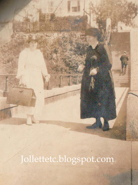 Two women with suitcase probably sister or sisters of Mary Theresa Sheehan Killeen Walsh https://jollettetc.blogspot.com