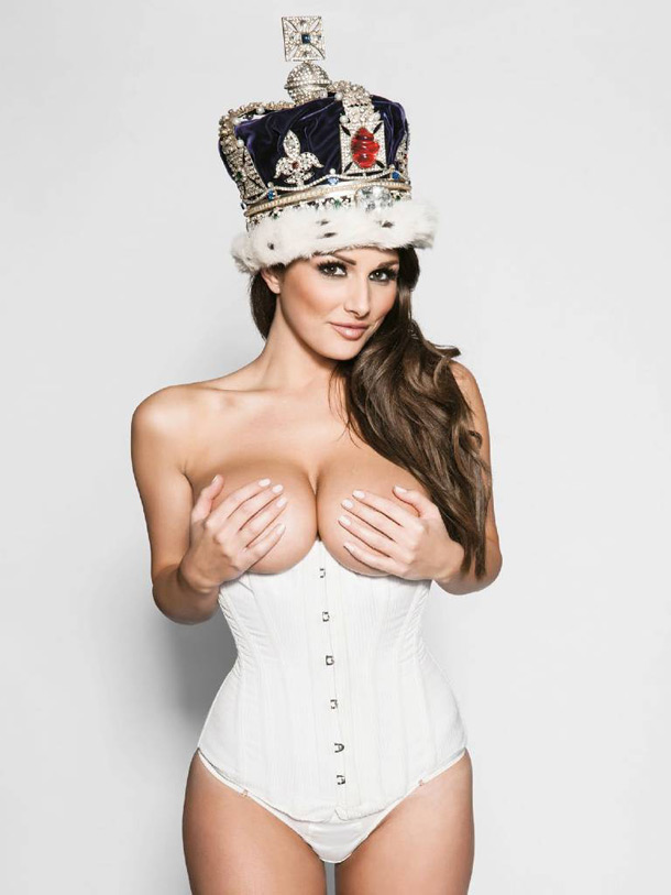 As fotos mais sensuais de Lucy Pinder