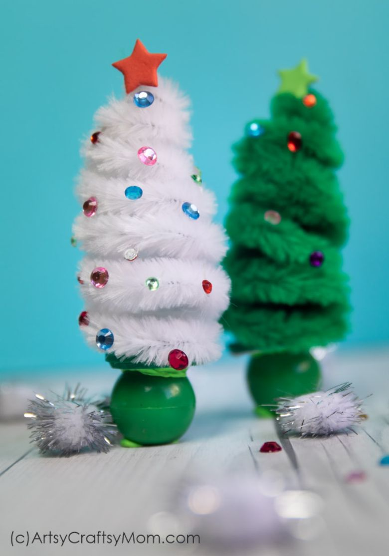 pipe cleaner Christmas tree craft for kids