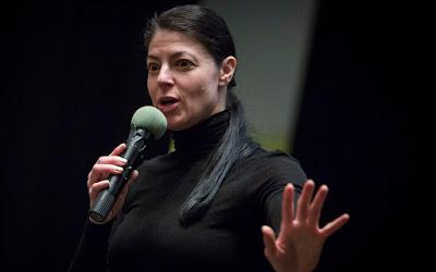 Deputada Merav Michaeli  tenta salvar o partido que fundou Israel da total autodestruição