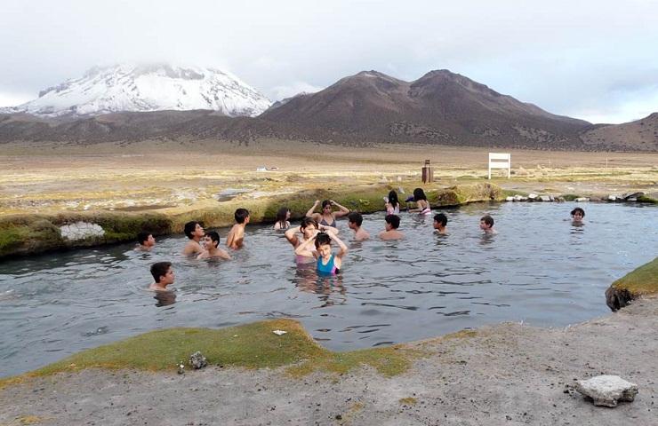 lugares para visitar oruro bolivia aguas termales tomarapi