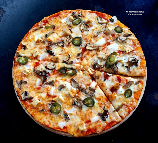 NAKED House Pizza  RM 45