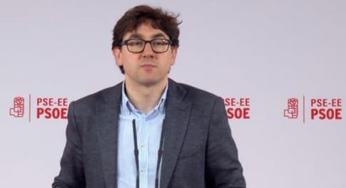 """Eneko Andueza (PSE-EE - Gipuzkoa): """"El PSOE debe decir basta a Felipe González"""""""