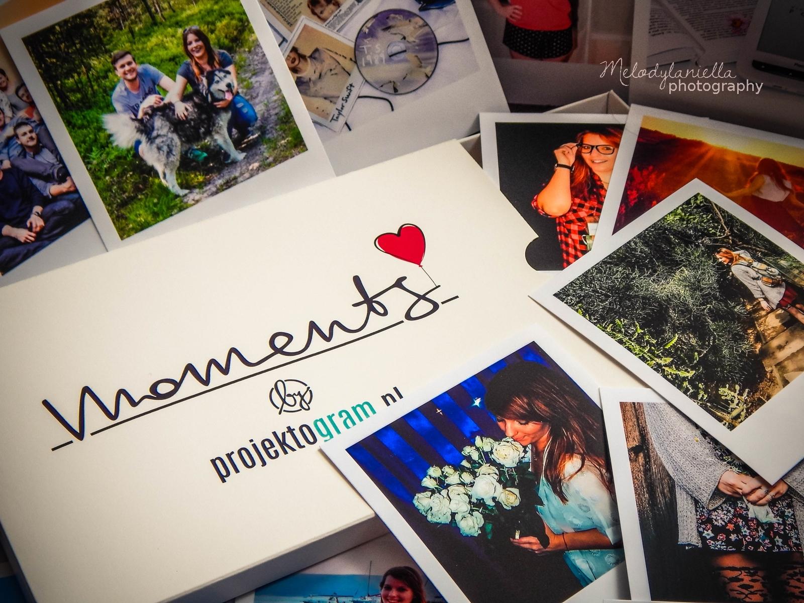 projektogram zdjecia polaroid polaroidy wywolane instagram kwadraty nietypowe wywolanie zdjec wspomnienia z wakacji prezent dla lubiacych zdjecia nowosc aplikacja .jpg zdjecia