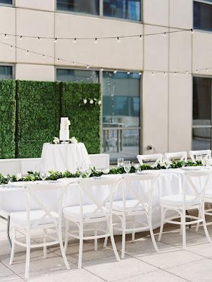 sweetheart table white decor
