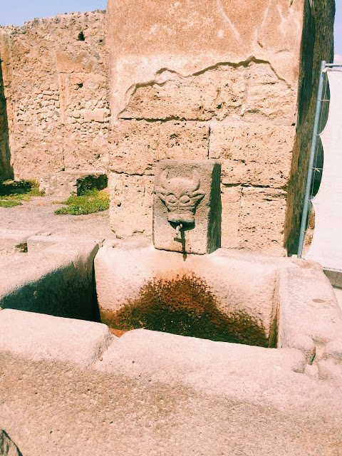 Pompeii-Water-Fountains