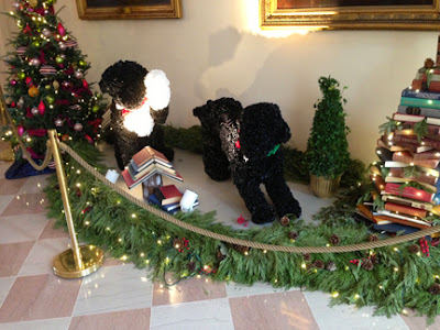 Mechanized Bo Sunny Dog with White House Christmas Tree